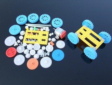 Zestaw edukacyjny do budowy przekładni z silnikiem 130 - 77 elementów - DIY